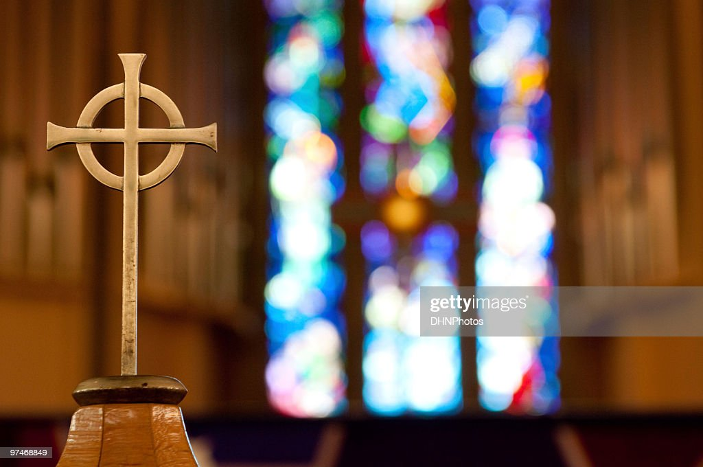 Cross on Church Alter : Stockfoto