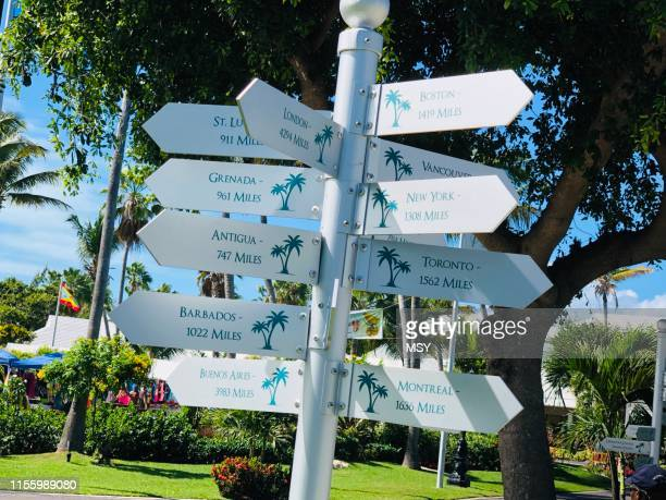 cross roads - turks and caicos islands stock pictures, royalty-free photos & images