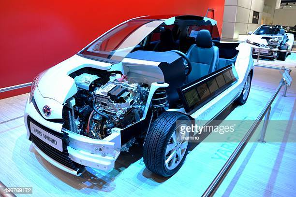cross section of modern hybrid vehicle - toyota motor co stock pictures, royalty-free photos & images