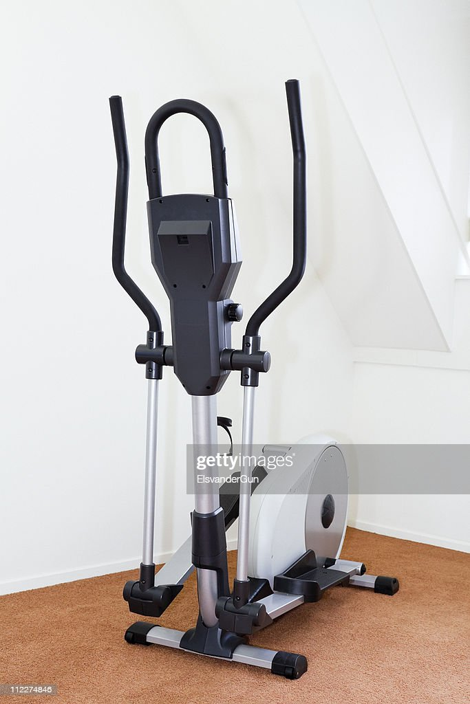 cross trainer : Stock Photo
