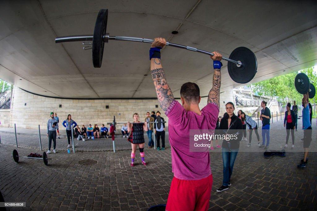 CrossFit session. Paris. France. : News Photo