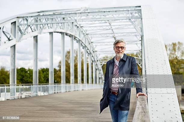 Crossing bridges in the city