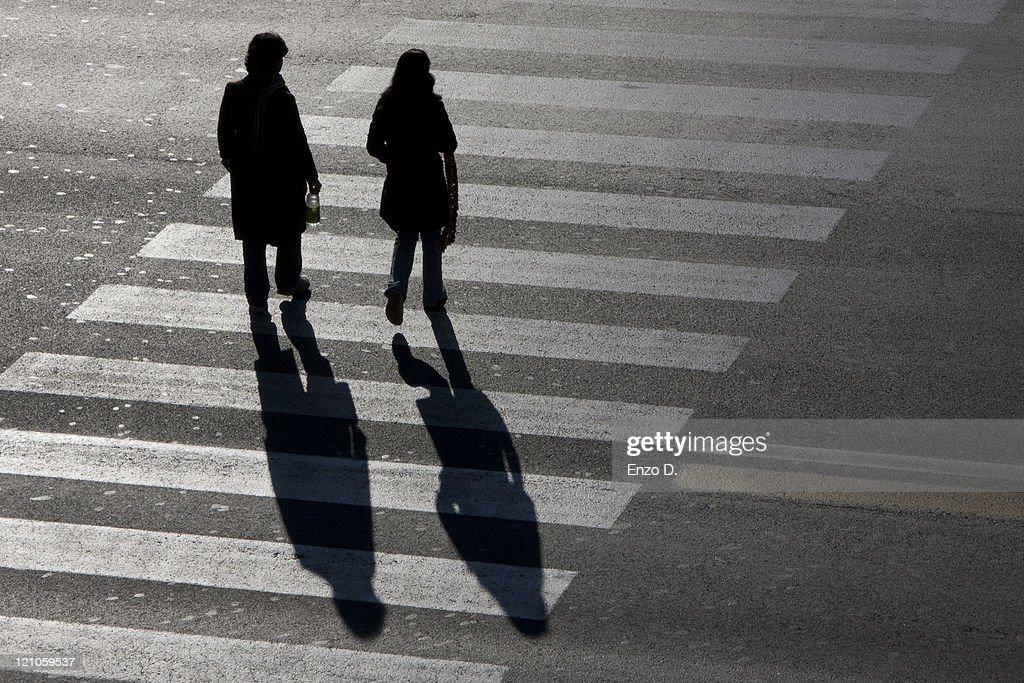 Crossing : Stock Photo