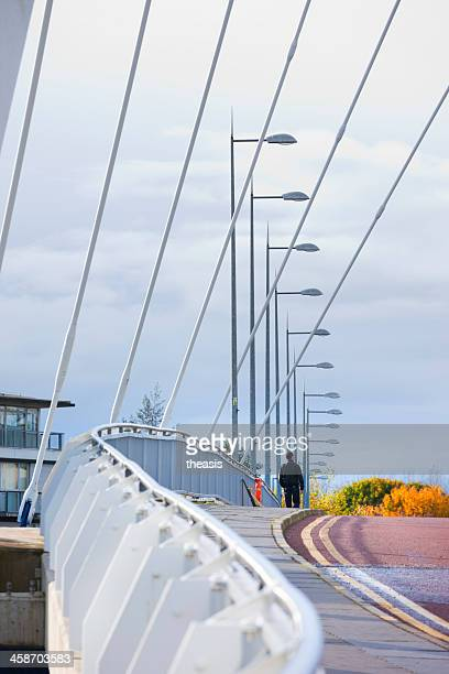 crossing the squinty bridge, glasgow - theasis stock pictures, royalty-free photos & images