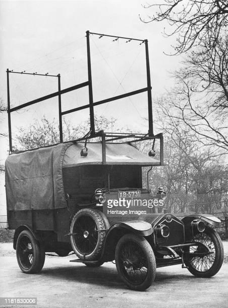 Crossley 25-30hp Met Police van, used by Flying Squad. Creator: Unknown.