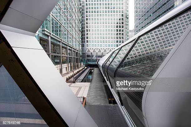 crossrail station entrance at canary wharf - canary wharf stock photos and pictures