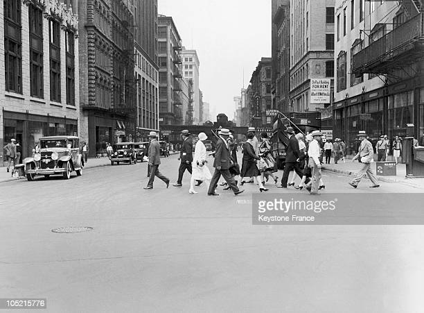 Crossraod At Michigan Avenue In Chicago United States In The 1930S