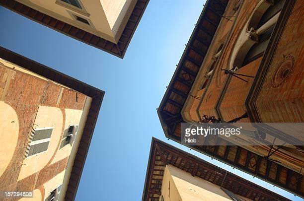 Kreuzung der Dächer