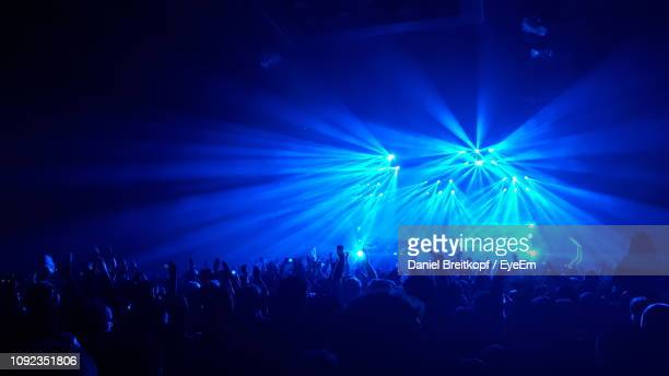 crowd at music concert - hanover germany stock pictures, royalty-free photos & images