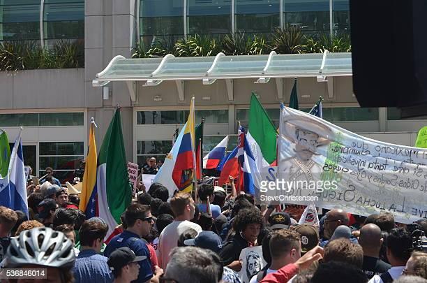 群衆の抗議活動