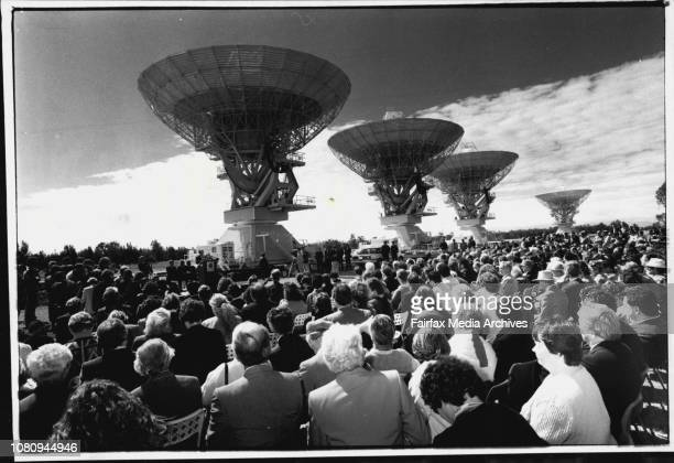 Crowd at the openingBob Hawke reckons the sky is the limit as far as benefits of the new Australia telescope are concerned and so do the people of...