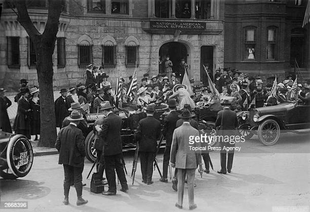 A crowd gathered around the car which will take Jeanette Rankin the first female member of Congress to be sworn in