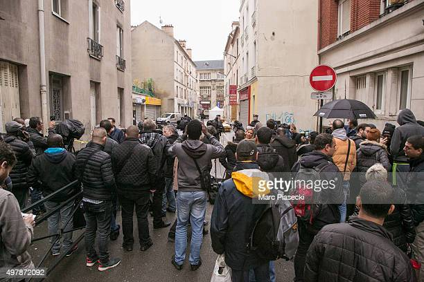 A crowd gathers as media broadcast near the '2 Rue du Corbillon' on November 19 2015 in SaintDenis France France continues to remember those lives...