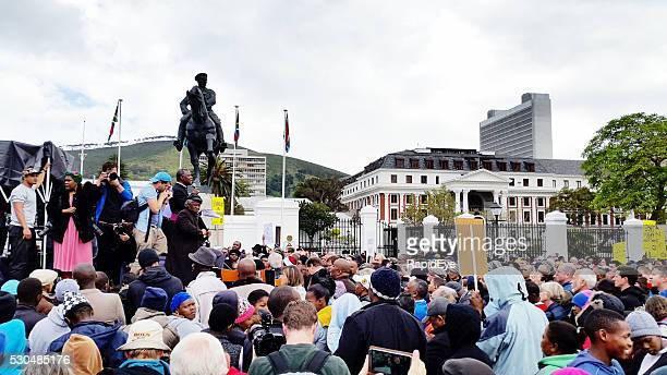 Crowd in Cape Town protesting against government corruption