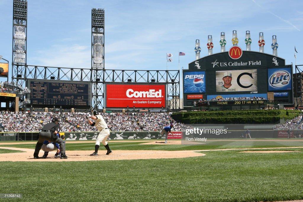 Chicago Cubs v Chicago White Sox : News Photo