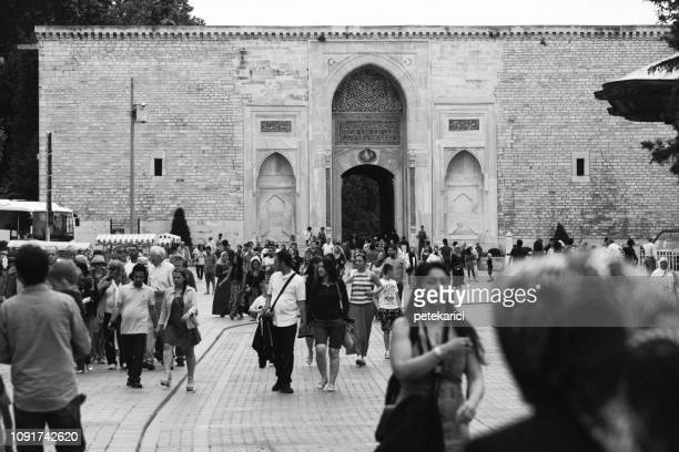 Crowd of people at entrance to Topkai Palace in Istanbul