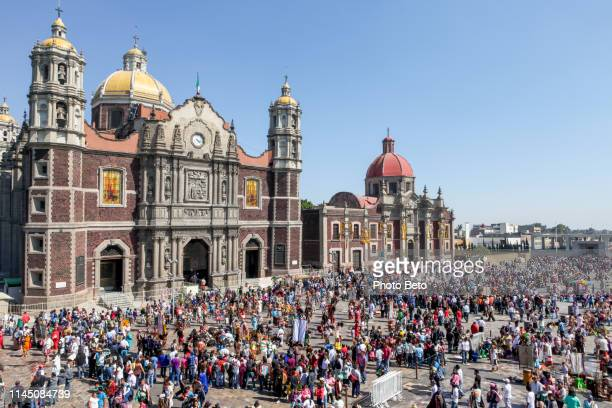 mexico - virgin of guadalupe - ancient basilica - basilica of our lady of guadalupe stock pictures, royalty-free photos & images
