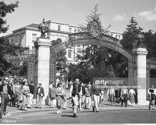 A crowd of students leave campus for lunch through the Sather Gate of the University of California at Berkeley