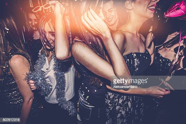 crowd on a dance floor - dancing stockfoto's en -beelden