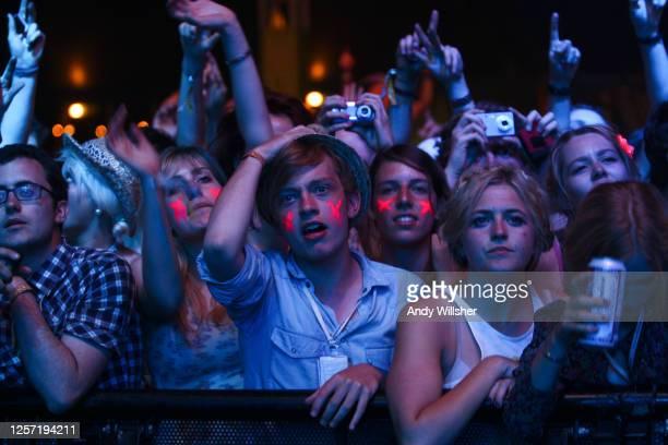Crowd shots from Glastonbury Festival 2010