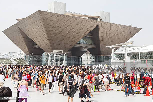 crowd that gathered at the 86th comic market - tokyo big sight stock photos and pictures