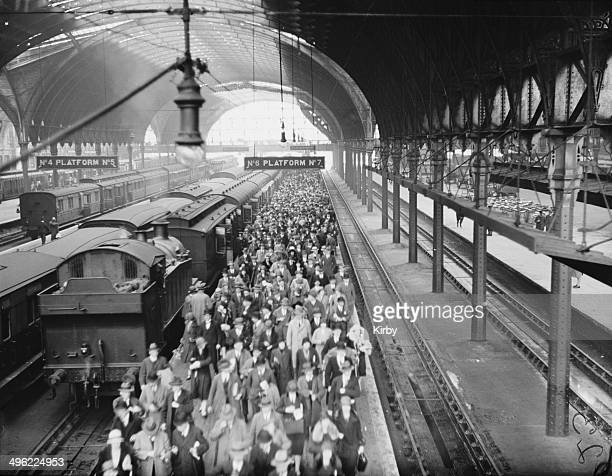 A crowded platform at Paddington Station London during the General Strike 12th May 1926 Passengers have just arrived from Slough on a local train...