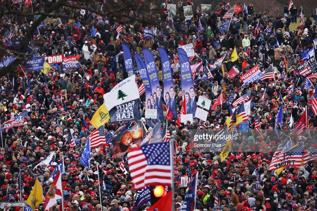 """Trump Supporters Hold """"Stop The Steal"""" Rally In DC Amid Ratification Of Presidential Election : Fotografía de noticias"""
