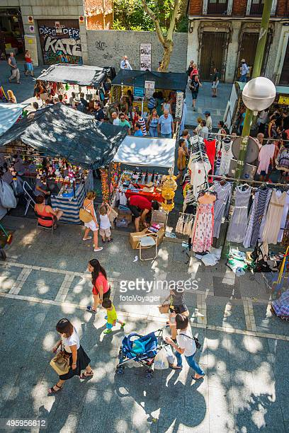 crowds at outdoor street market stalls el rastro madrid spain - el rastro stock pictures, royalty-free photos & images