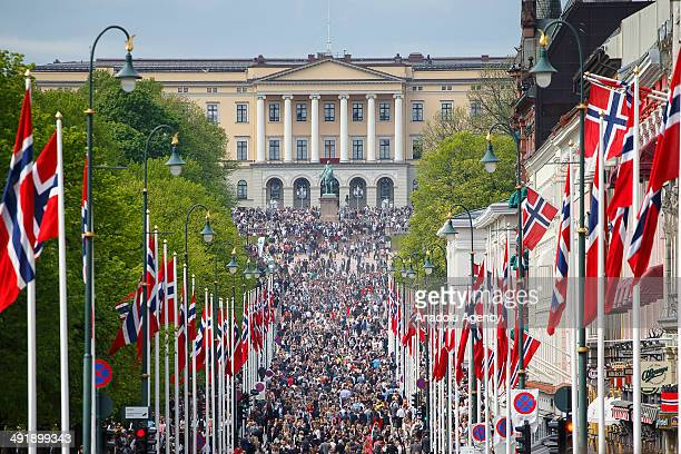 Crowds gather in front of the Royal Palace during the Norwegian Constitution Day celebrations on May 17 2014 in Oslo Norway Norway's Constitution...