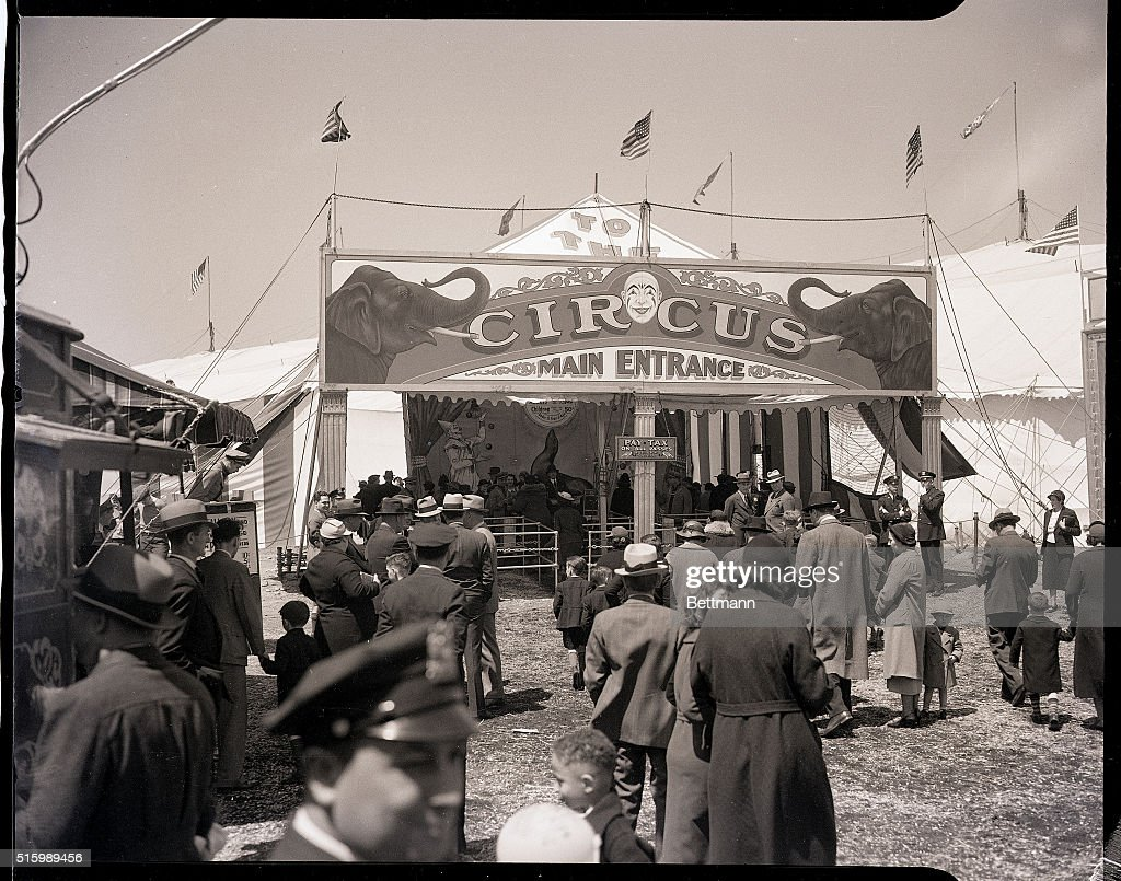 Circus Attendees & Circus Attendees Pictures | Getty Images