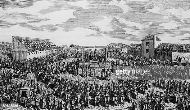 Crowds gather to watch the execution of Laurence Shirley, the 4th Earl Ferrers , at Tyburn, 5th May 1760. He had been convicted of the murder of his...
