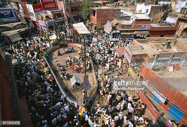 crowds in the streets of taj ganj - uttar pradesh stock pictures, royalty-free photos & images