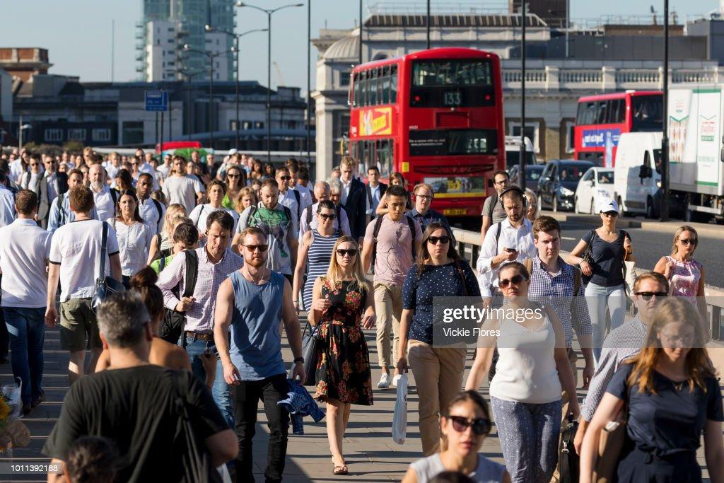 Heatwave Commuters In London : News Photo