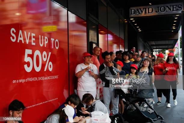 World S Best Bargain Hunters Flock To Boxing Day Sales In