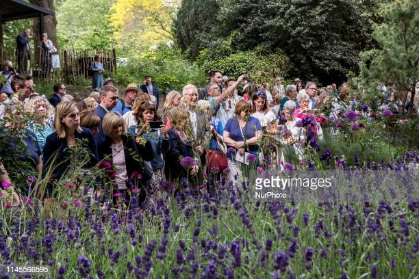 Crowds of visitors watch garden designs at the RHS Chelsea Flower Show opens in London, England on May 22, 2019.