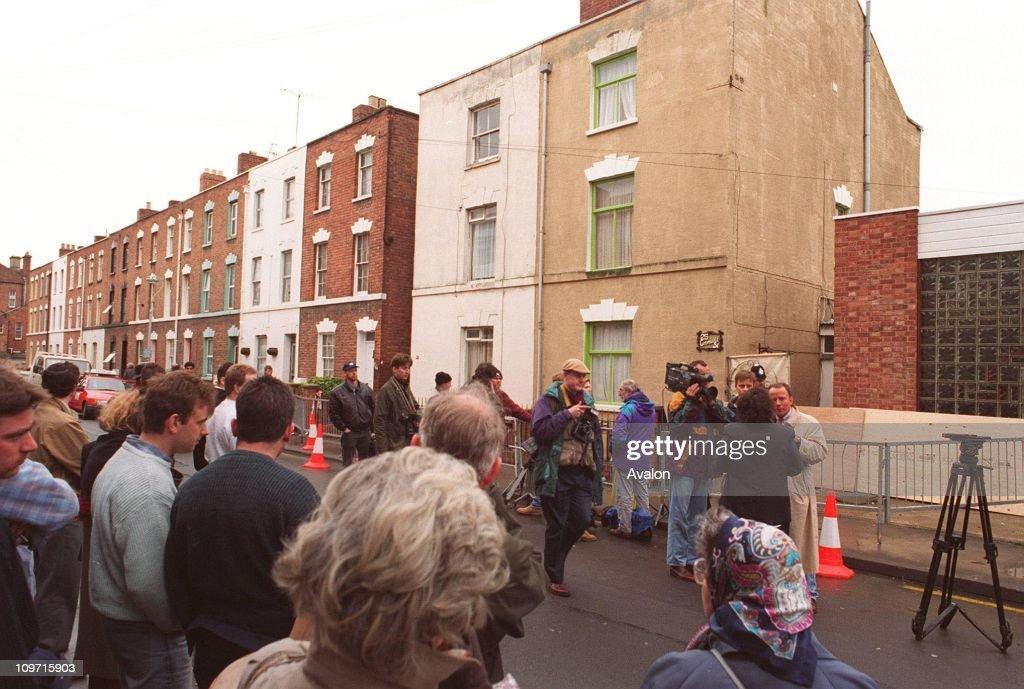 Crowds Outside 25 Cromwell Street, Gloucester : News Photo