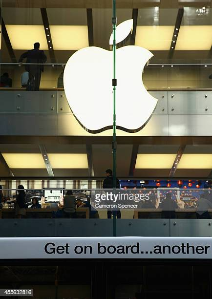 Crowds start queuing a day before the release of the iPhone 6 at the Sydney Apple Store on September 18 2014 in Sydney Australia Australian buyers...