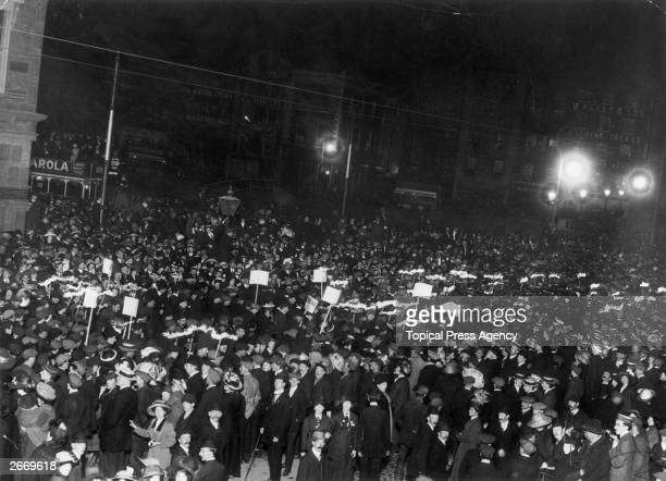 Crowds welcoming the arrival in O'Connell Street Dublin of the British statesman Herbert Henry Asquith 1st Earl of Oxford after his government's...