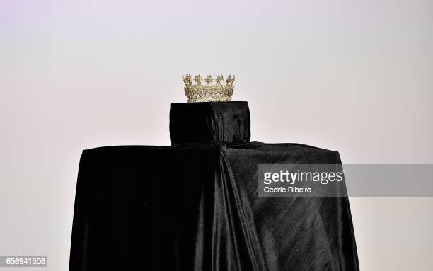 A crown is displayd on the runway during the Royaled by RH presentation at Fashion Forward March 2017 held at the Dubai Design District on March 23...
