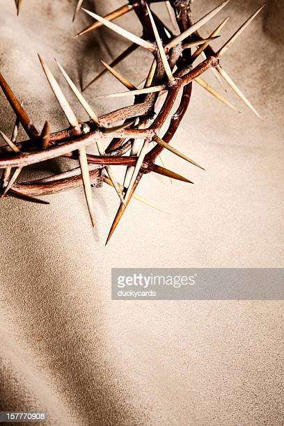 crown of thorns background - happy easter jesus stock pictures, royalty-free photos & images