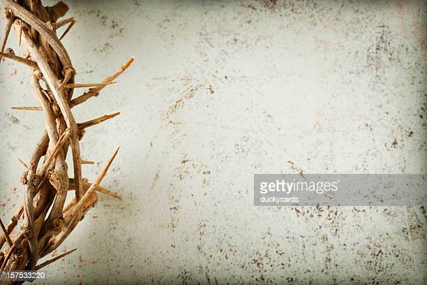 crown of thorns on grunge background - good friday stock pictures, royalty-free photos & images