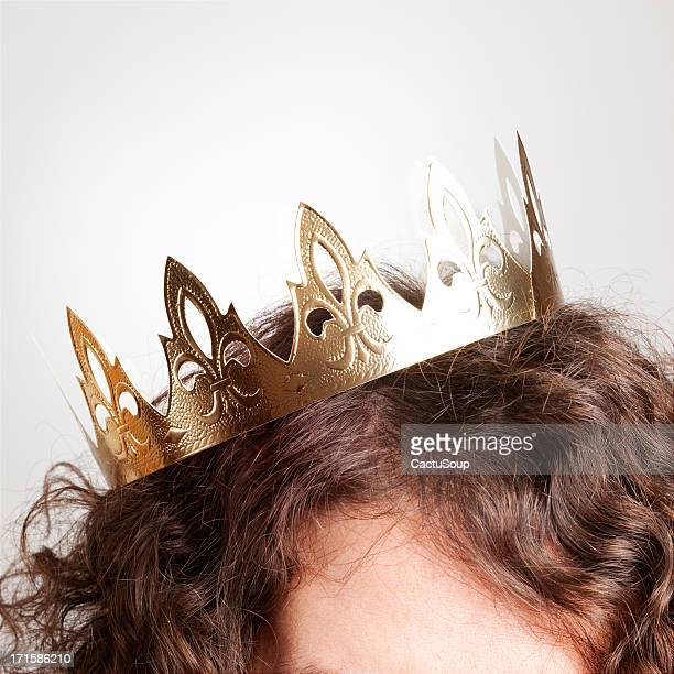 crown - king royal person stock pictures, royalty-free photos & images