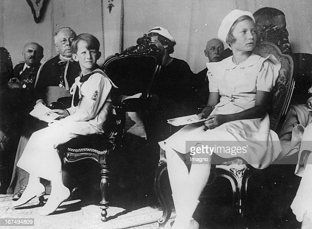 Crown Prince Baudouin and Princess Josephine of Belgium observe a procession 18th July 1937 Photograph Kronprinz Baudouin und Prinzessin Josephine...
