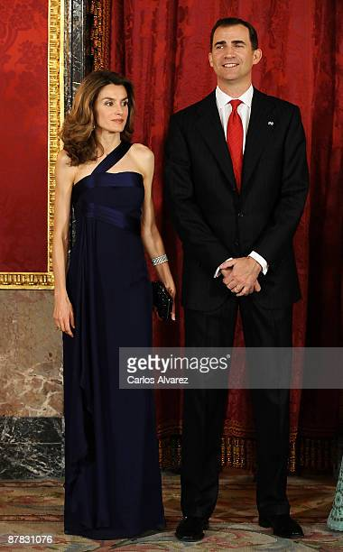 Crown Prince Felipe and Princess Letizia of Spain attend a Gala Dinner honouring Dominican Republic President at The Royal Palace on May 18 2009 in...