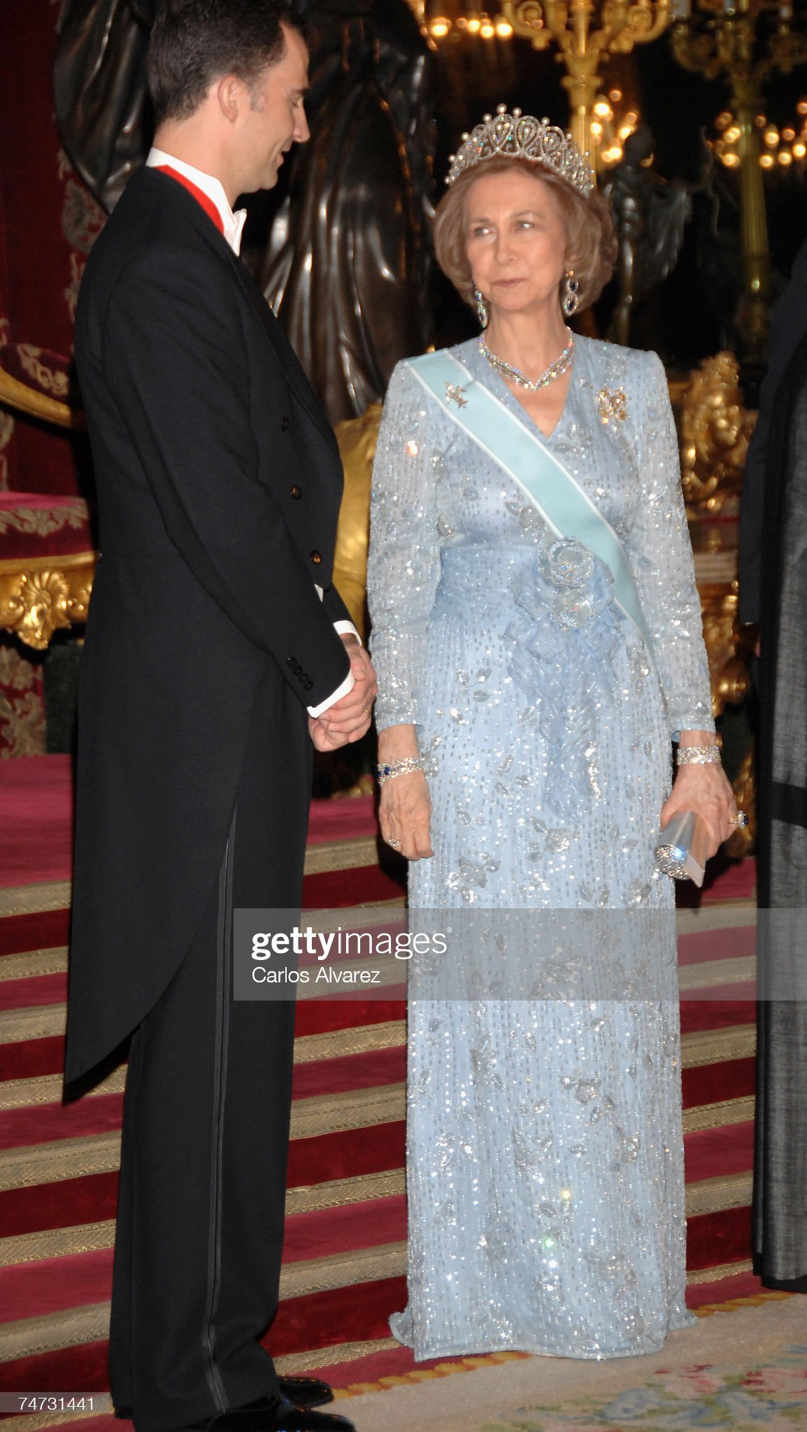 Spanish Royals Receive Saudi King Abdullah Bin Abdul Aziz Al Saud : News Photo