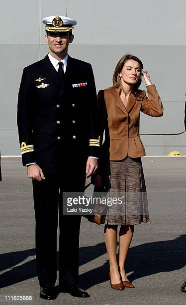 Crown Prince Felipe of Spain and Princess Letizia preside over the departure of the Navy ship 'Galicia' with help to the victims of the tsunami in...