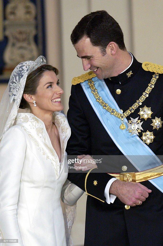 Letizia Felipe Laughing : News Photo