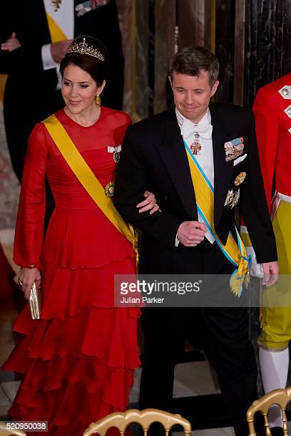 Crown Prince Frederik and Crown Princess Mary of Denmark attend a State Banquet at Fredensborg Palace on the first day of a State visit of the...