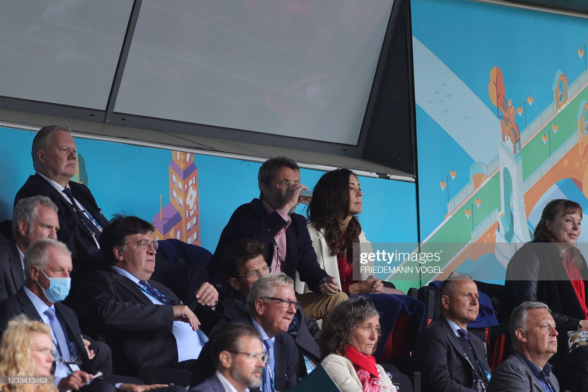 FBL-EURO-2020-2021-MATCH03-DEN-FIN : News Photo