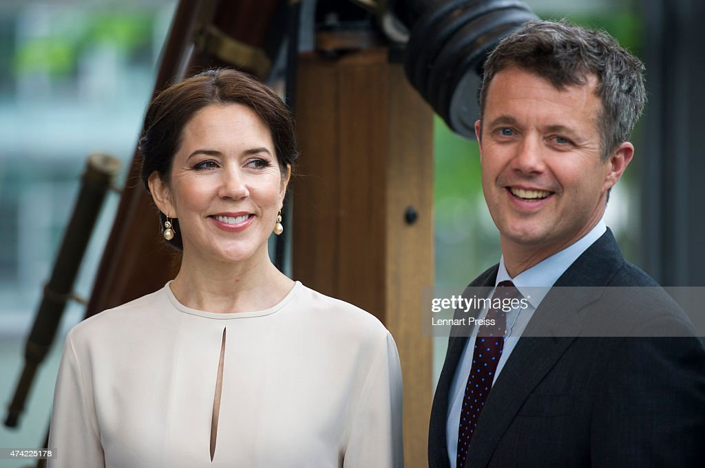 Crown Prince Frederik and Crown Princess Mary Of Denmark pose during their visit to Germany on May 21, 2015 in Munich, Germany.
